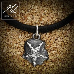 Dune_Starfish_Charm_Leather