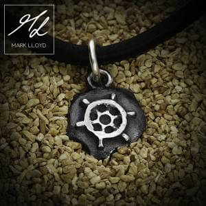 Dune_Ships wheel_Charm_Leather