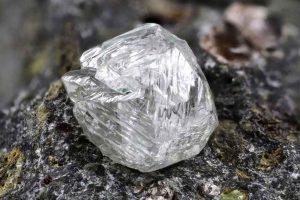 rough-diamond